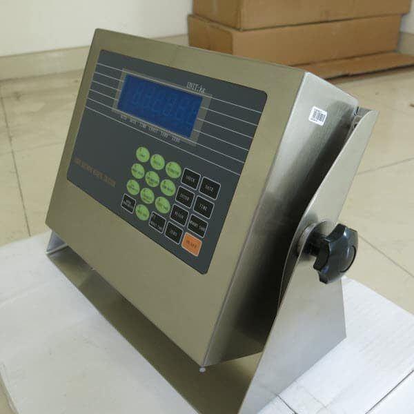 D2002E 1